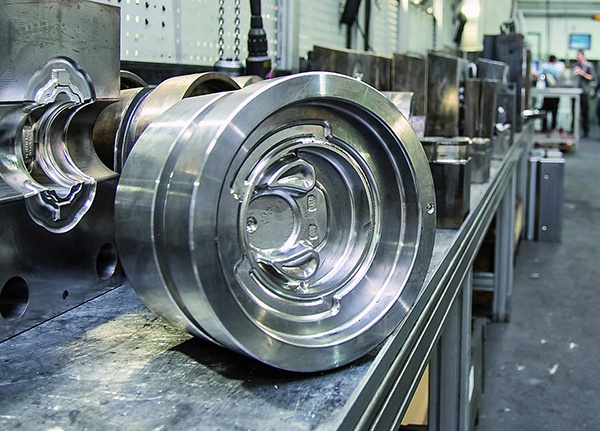 High-accuracy mill-turning of forging dies