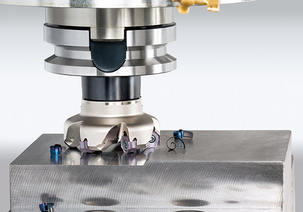 Milling cutter offers high versatility